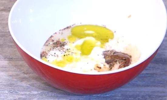 добавить горчицу, чеснок