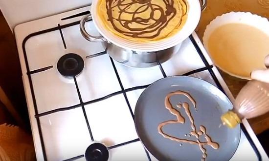 рисуем шоколадным тестом