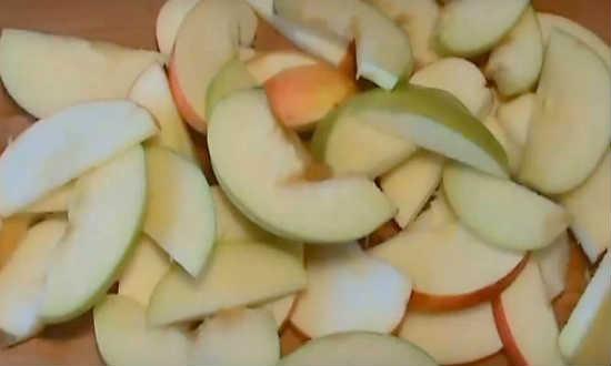шинкуем яблоки