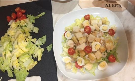 яйца и помидоры половинки