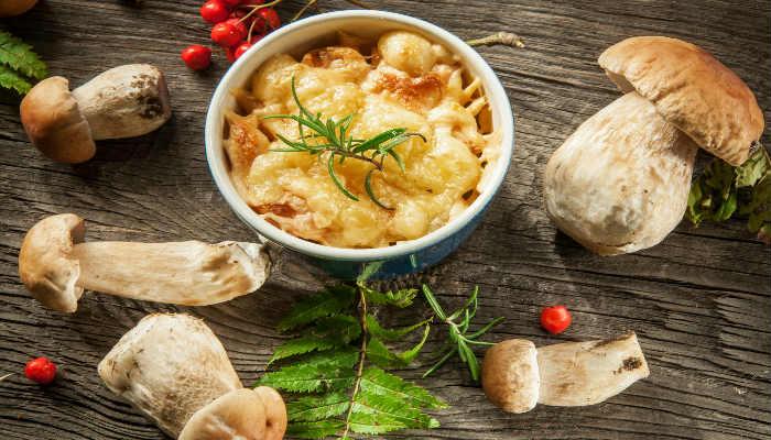 Жульен с грибами в духовке в кокотницах рецепт с фото — 10