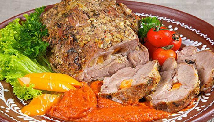 Свинина запечённая в духовке в горчице