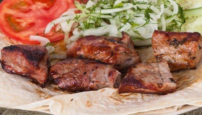 Как приготовить шашлык из говядины на мангале, рецепты самого вкусного маринада для мягкого и сочного мяса