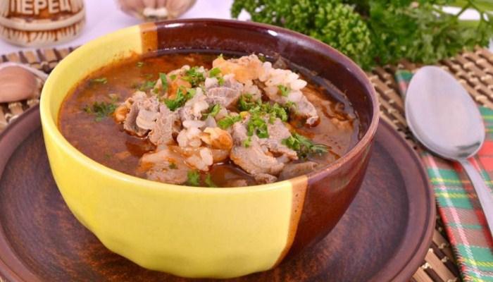 «Харчо» из свиного мяса по классическому рецепту