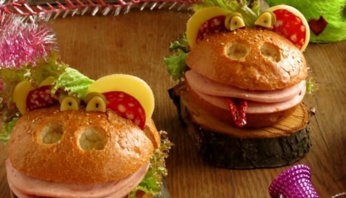 Бутерброд «Обезьяна» с сыром и колбасой