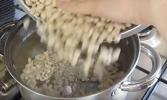 Ополаскиваем фасоль
