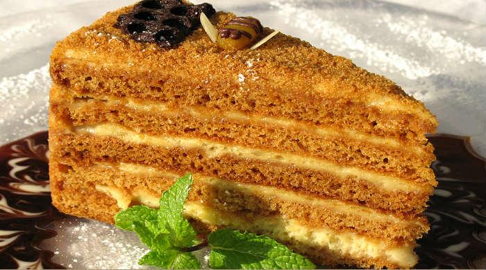 Торт Медовик - 5 классических рецептов приготовления медового торта