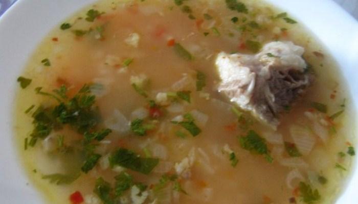 Суп «Харчо» из говядины с аджикой