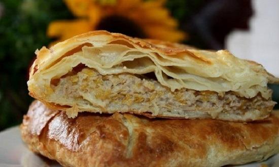 Пирог с мясом из дрожжевого теста