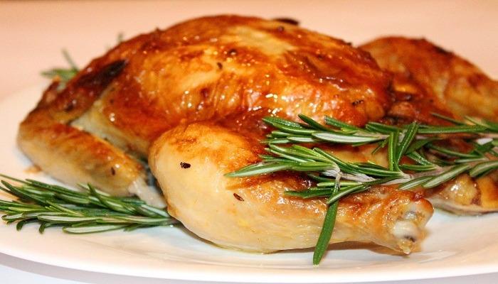курица запеченная в фольге с лимоном