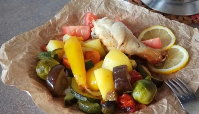 Ароматная курица, запечённая с овощами