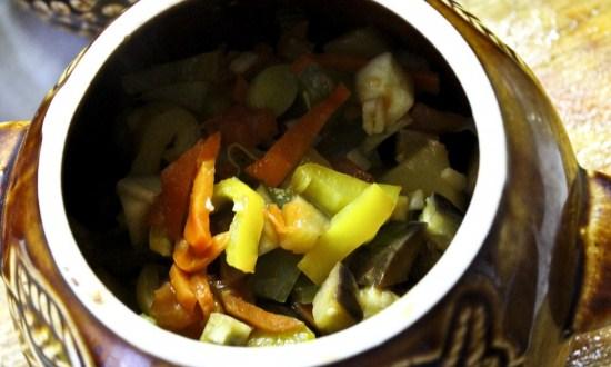 разложить овощи
