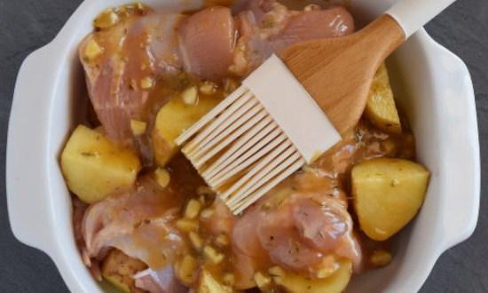 покрыть соусом