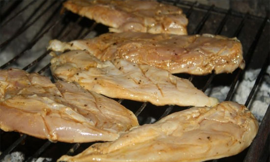 мясо на решётке