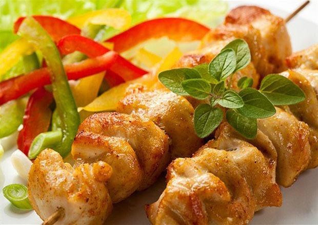 Куриный шашлык на кефирном маринаде