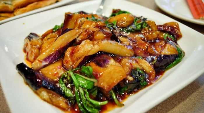 Баклажаны с фаршем по-китайски в кляре