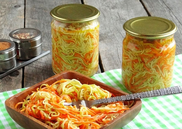 салат из кабачков по-корейски с морковью