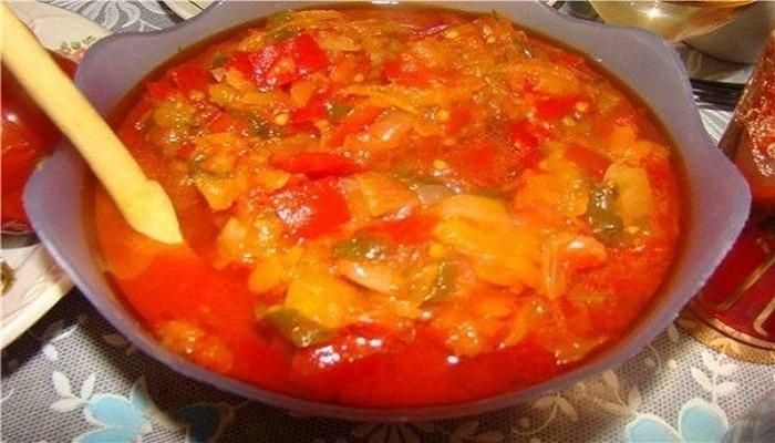 лечо из кабачков и томатов