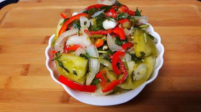Салат из помидор на зиму