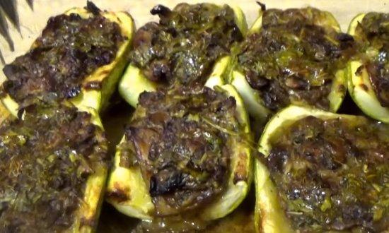 Фаршированные кабачки, вегетарианский рецепт