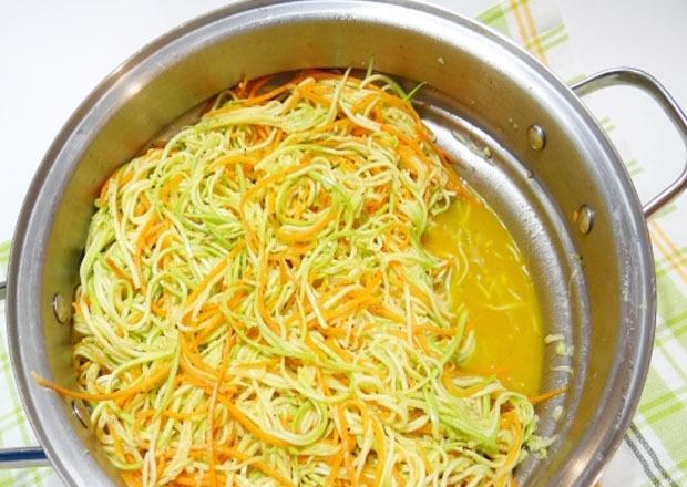 дали салату настояться