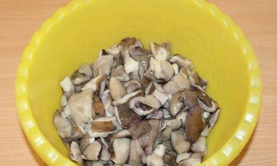 отвариваем грибы