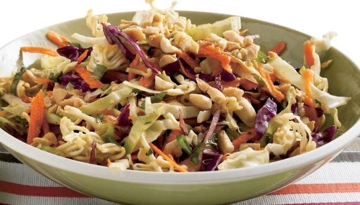 Салат на зиму из капусты со сливами