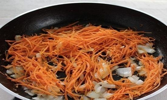добавить морковь