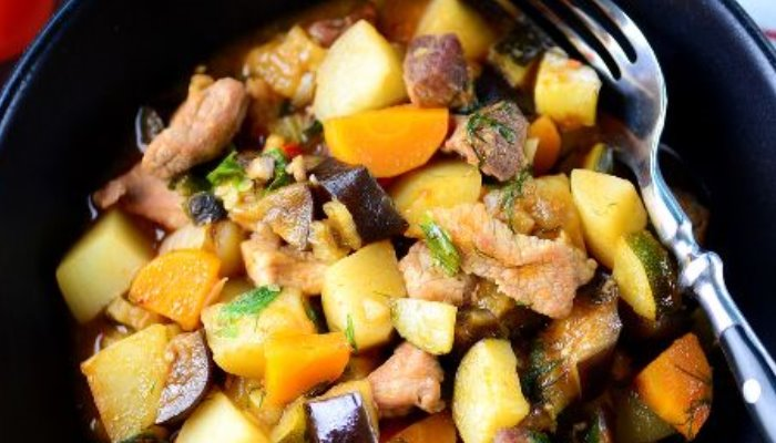 Рагу из овощей со свининой