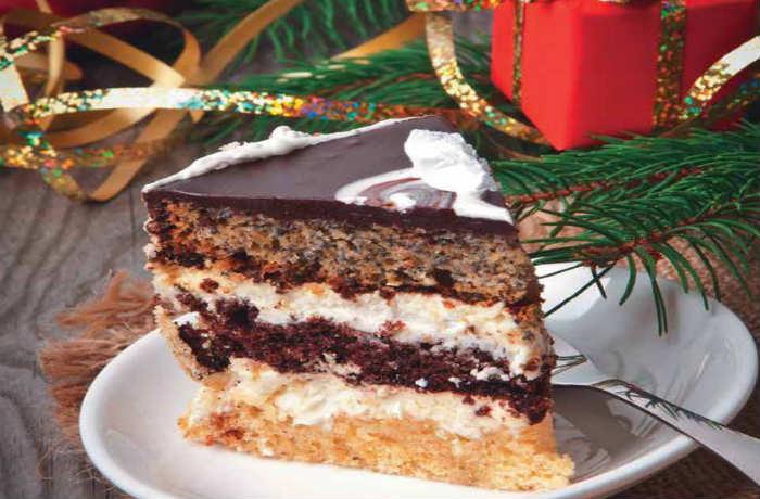 Праздничный торт с маком
