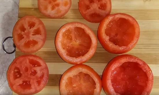 подготовленные томаты