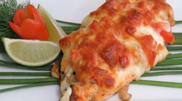 Нежная рыба с сыром и грибами