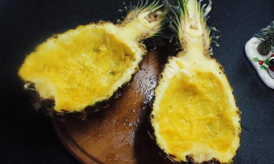 чисти ананас