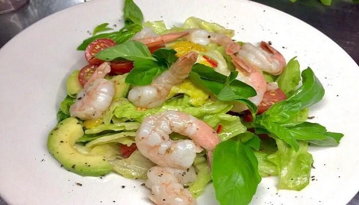 Рецепты салата с креветками и авокадо — 6 очень вкусных салатов