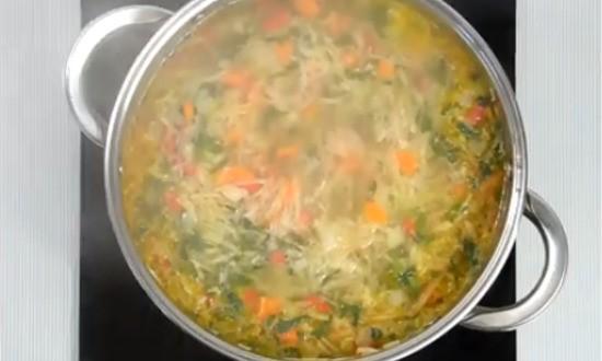 залили овощи водой