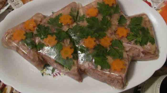 Холодец из свиных ножек — как приготовить холодец с прозрачным бульоном