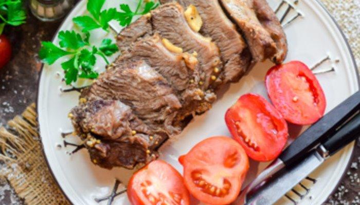 Классический рецепт мягкой и сочной говядины в духовке