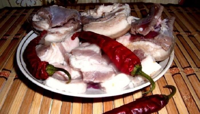 маринованное сало с чесноком