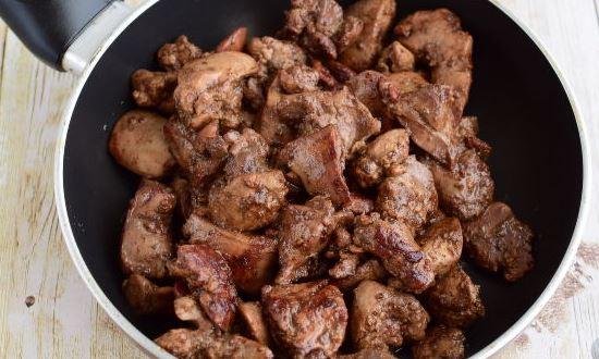 обжариваем куриную печень
