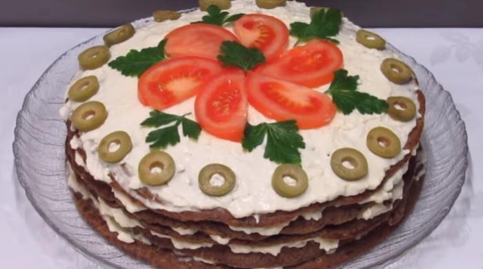 Печеночный торт из говяжьей печени с грибами