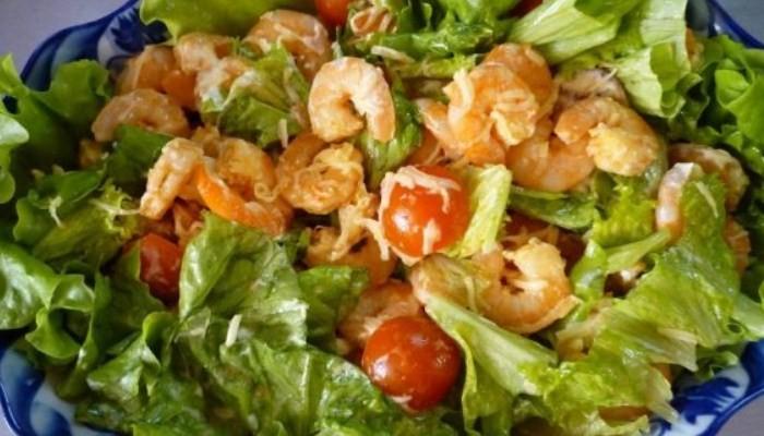 Королевский салат с креветками
