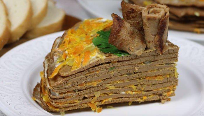 Торт из куриной печенки с сырной прослойкой