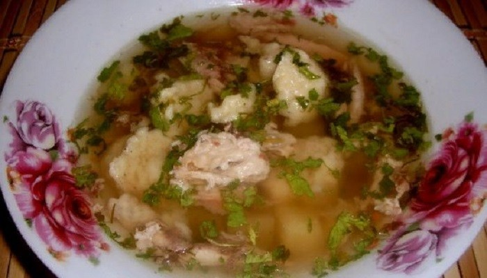 Суп из свинины с клёцками