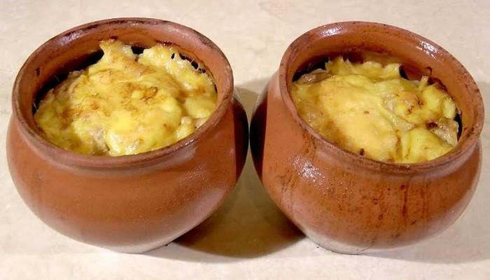 картошка в горшочках под сыром