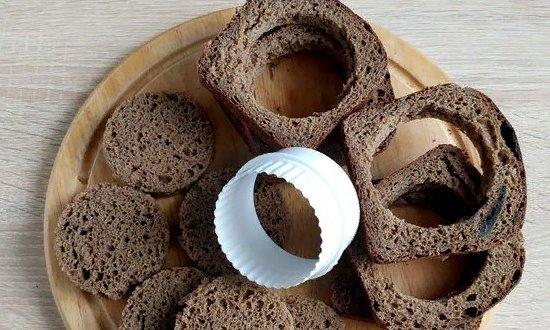 Режем хлеб