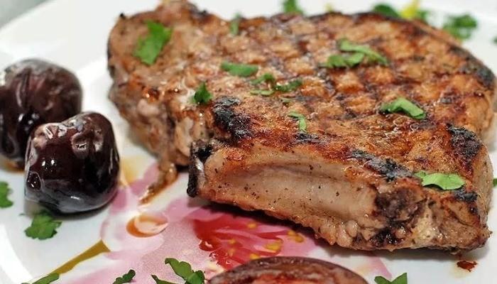 Свиная отбивная очень вкусная
