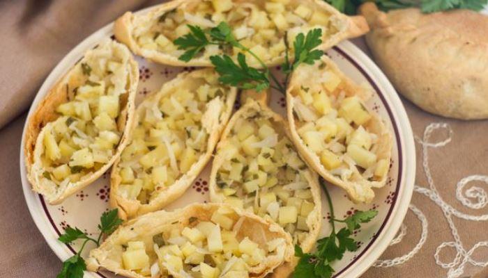 Татарские пирожки с картошкой и свежей капустой