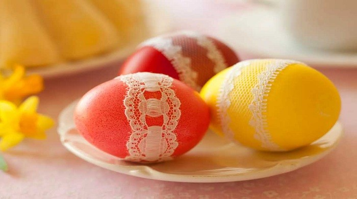Как красить яйца на Пасху в домашних условиях просто и красиво