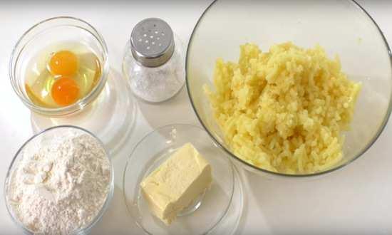 Протёртый картофель и просеянная мука