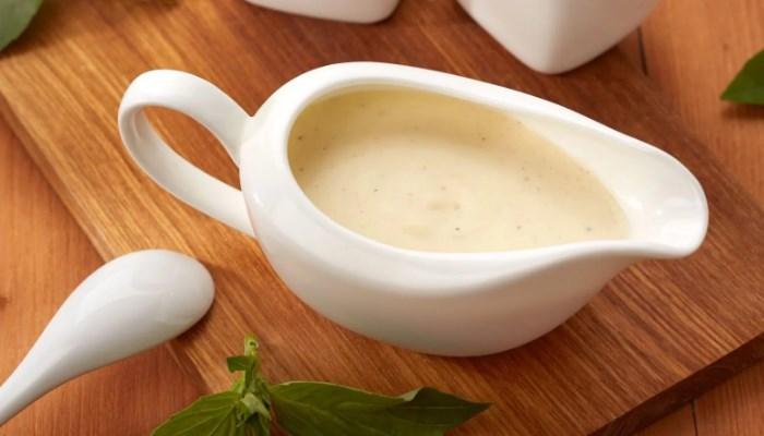 """Соус """" Бешамель """" с сыром для лазаньи"""